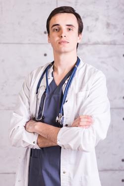 Дупин Виталий Николаевич - опериующий врач-хирург